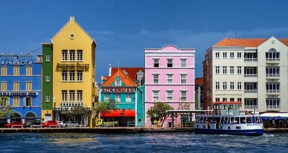 Curaçao Lifts Travel Restrictions for All American Travelers