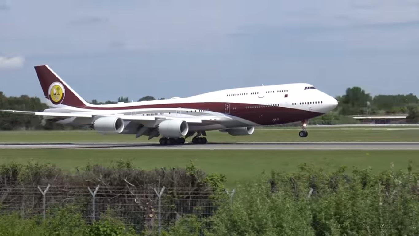 Está a la venta, por 750 millones de dólares, uno de los aviones más lujosos del mundo