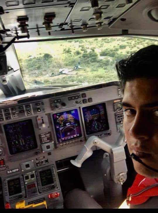 """Por tomarse una """"Selfie"""" Primer Oficial de TAR Aerolíneas es despedido"""