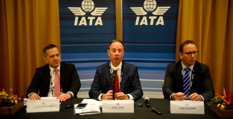 Asociación de aerolíneas atribuye a cargos e impuestos el alto costo de los boletos en Centroamérica