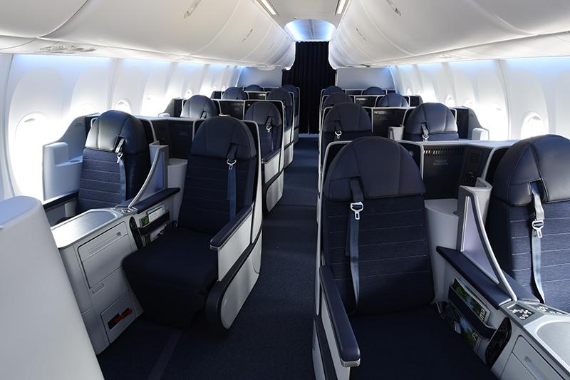 Boeing y Adient ponen en marcha su 'joint venture' para fabricar y vender asientos para aviones