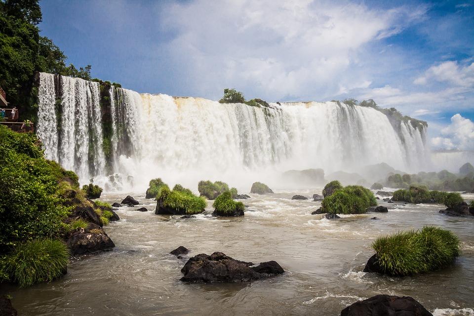 Brasil: crecieron un 15% las visitas a las cataratas en febrero