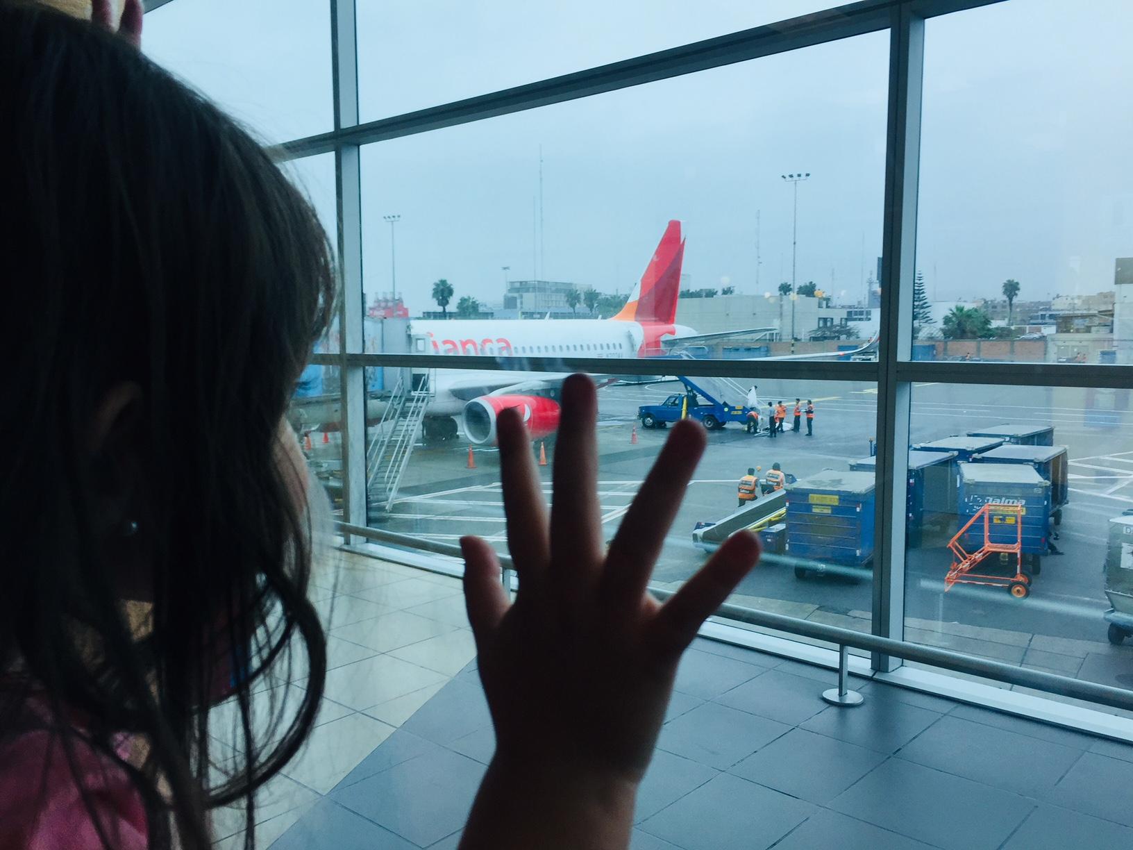 Las aerolíneas seducen a sus clientes más importantes: los niños