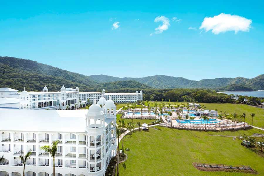 El Riu Palace Costa Rica recibe el prestigioso premio Crystal Apple otorgado por Apple Vacations