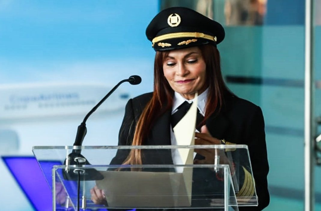 Una mujer al mando del vuelo inaugural del Max 9 de Copa Airlines