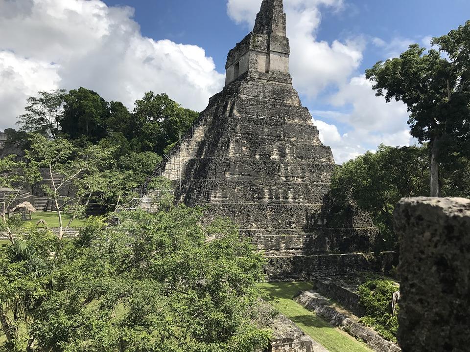Imágenes aéreas descubren secretos desconocidos de los mayas