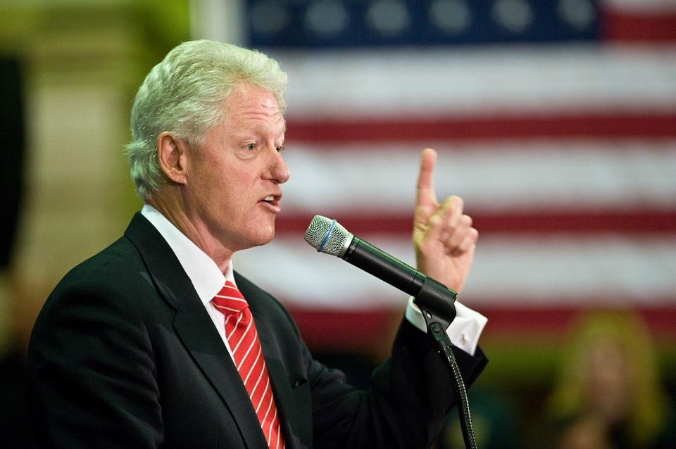Bill Clinton insta a países del Caribe a continuar renovando la industria turística