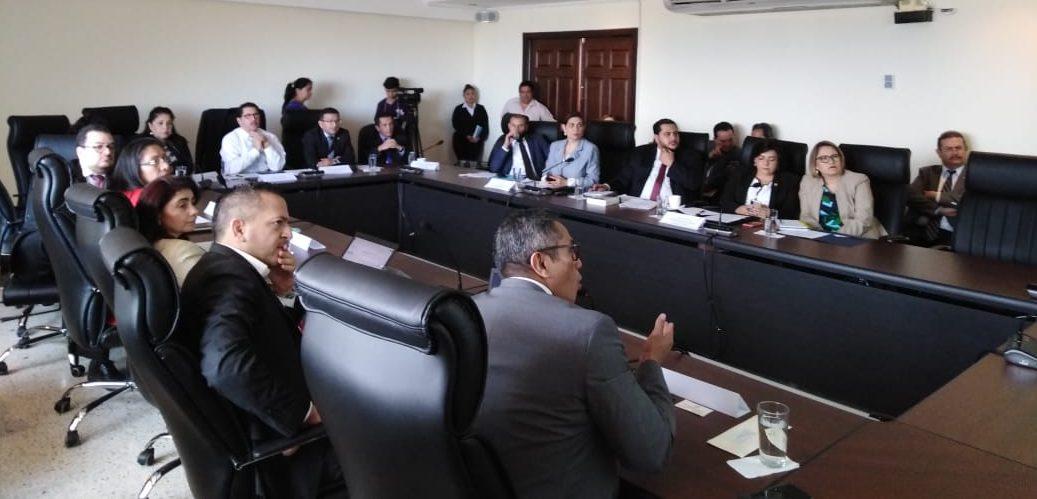 IATA y AGLA trabajan con autoridades de Guatemala para mejoras en materias de aviación