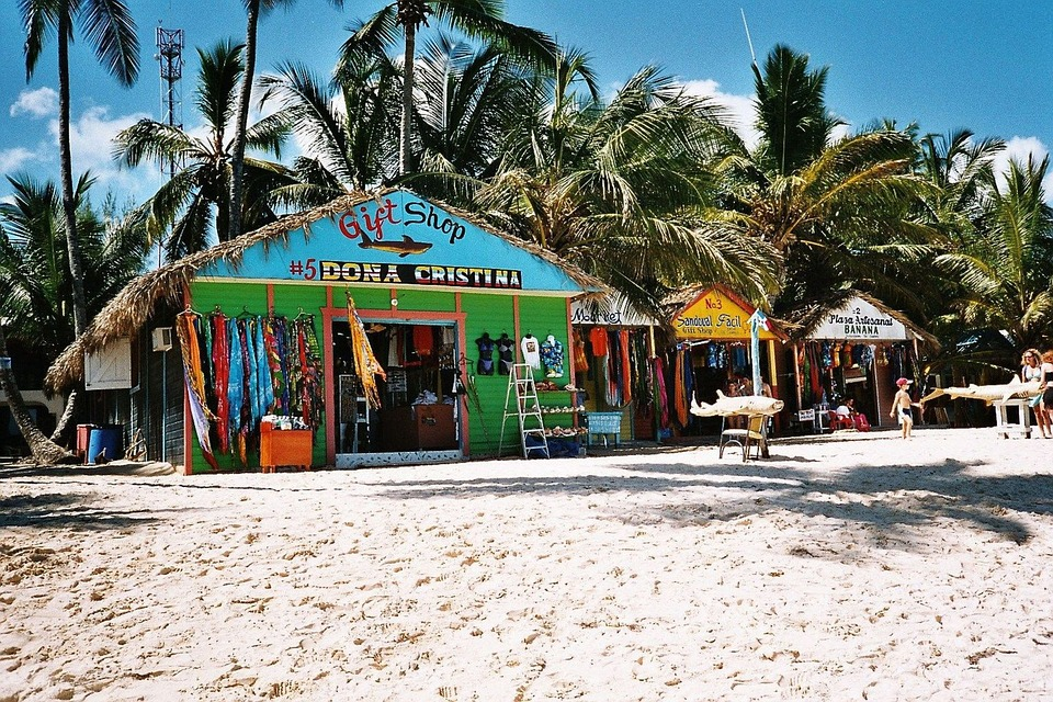 Crece 8% la llegada de turistas a República Dominicana en febrero