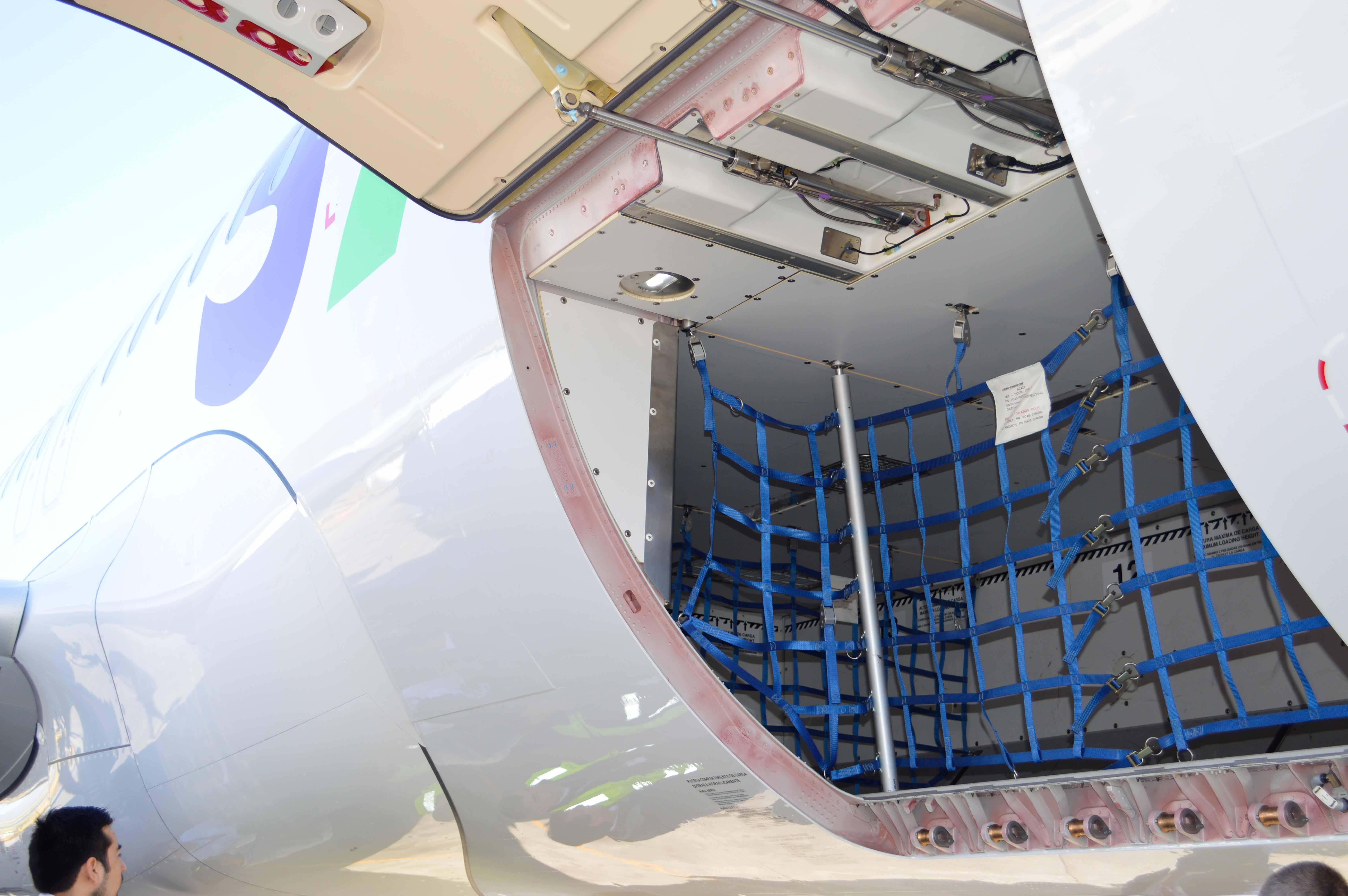 Cancelar el NAIM 'corta alas' a negocio de carga aérea