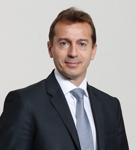 Airbus looks likely to name No. 2 Guillaume Faury its new chief executive