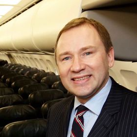 Aer Lingus CEO Stephen Kavanagh to step down next year