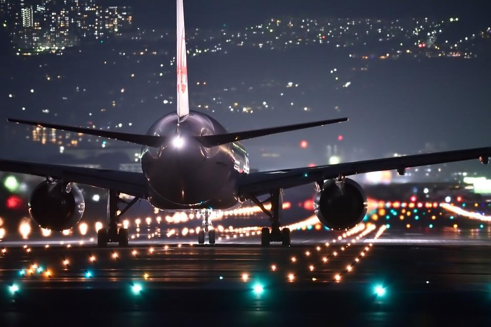 Así consiguen los pilotos recuperar el tiempo perdido en vuelos con retraso
