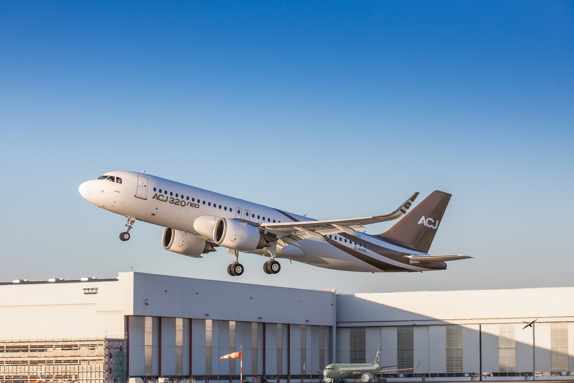 Airbus ACJ320neo voló por primera vez