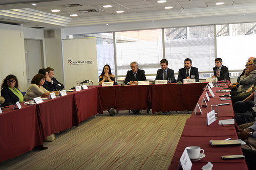 Chile: Mesa redonda aborda desafíos y operabilidad de aeropuerto internacional Nuevo Pudahuel