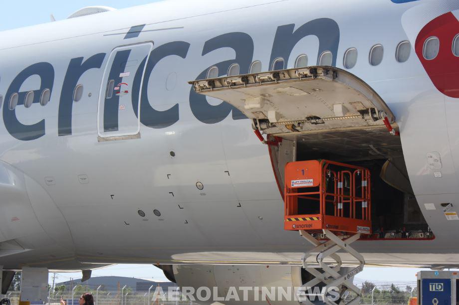 American Airlines celebra 75 años de conectar el mundo a través de operaciones de carga