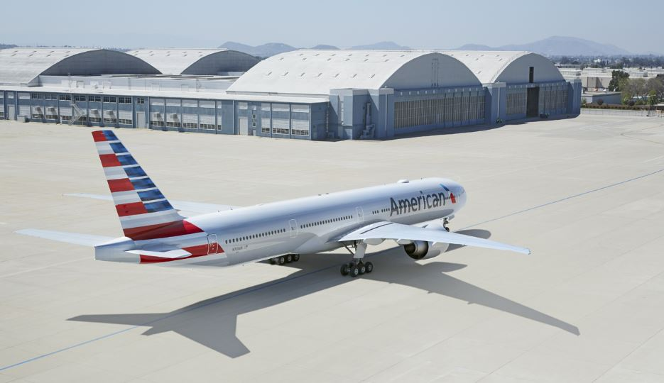 American Airlines adds winter flights to Florida, Colorado, increases service to Las Vegas