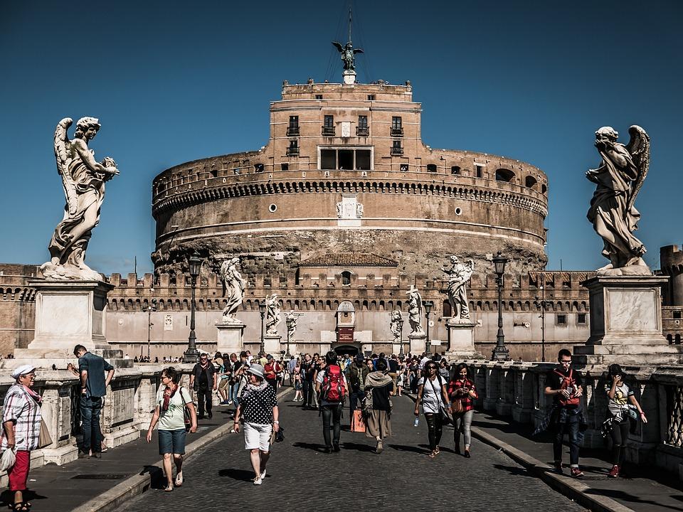 Roma ordena su turismo