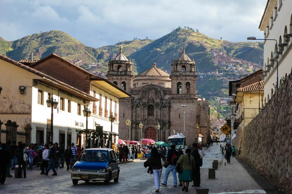 Uno de cada tres turistas que llega a Perú compró paquete por Internet