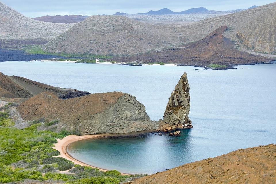 Ecuador: ¿Subió la tasa de ingreso a Galápagos para extranjeros y ecuatorianos?