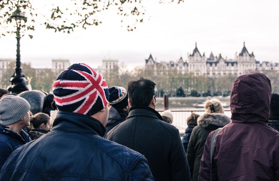 Empresas de viajes británicas se unen a la demanda contra la cuarentena