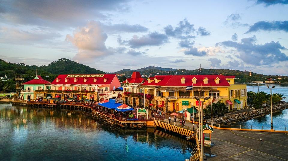 Honduras: Turismo cierra 2018 con ingreso de $900 millones y 250 mil empleos