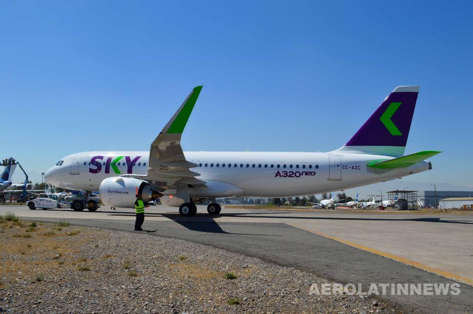 Casi 60 mil pasajeros de SKY circularán por el aeropuerto de Santiago durante este fin de semana