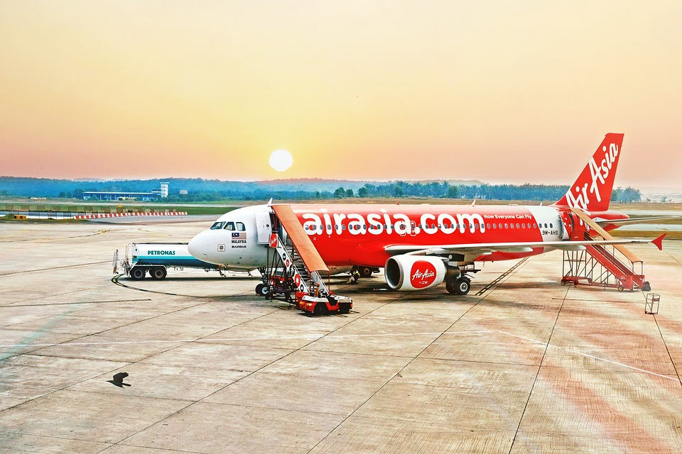 AirAsia lanzaría negocio de taxis aéreos en 2022