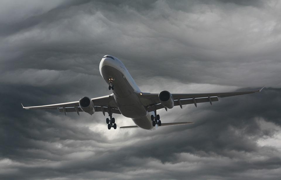 Seis aerolíneas cancelan vuelos en San Juan por paso de tormenta Dorian