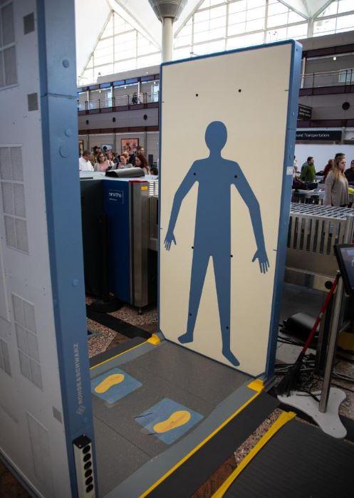 Denver airport first to use new TSA full-body scanner