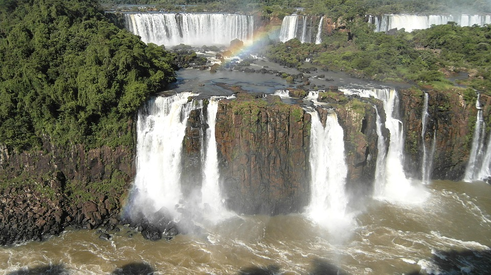 Foz do Iguaçu bate recorde de turistas no primeiro semestre de 2019