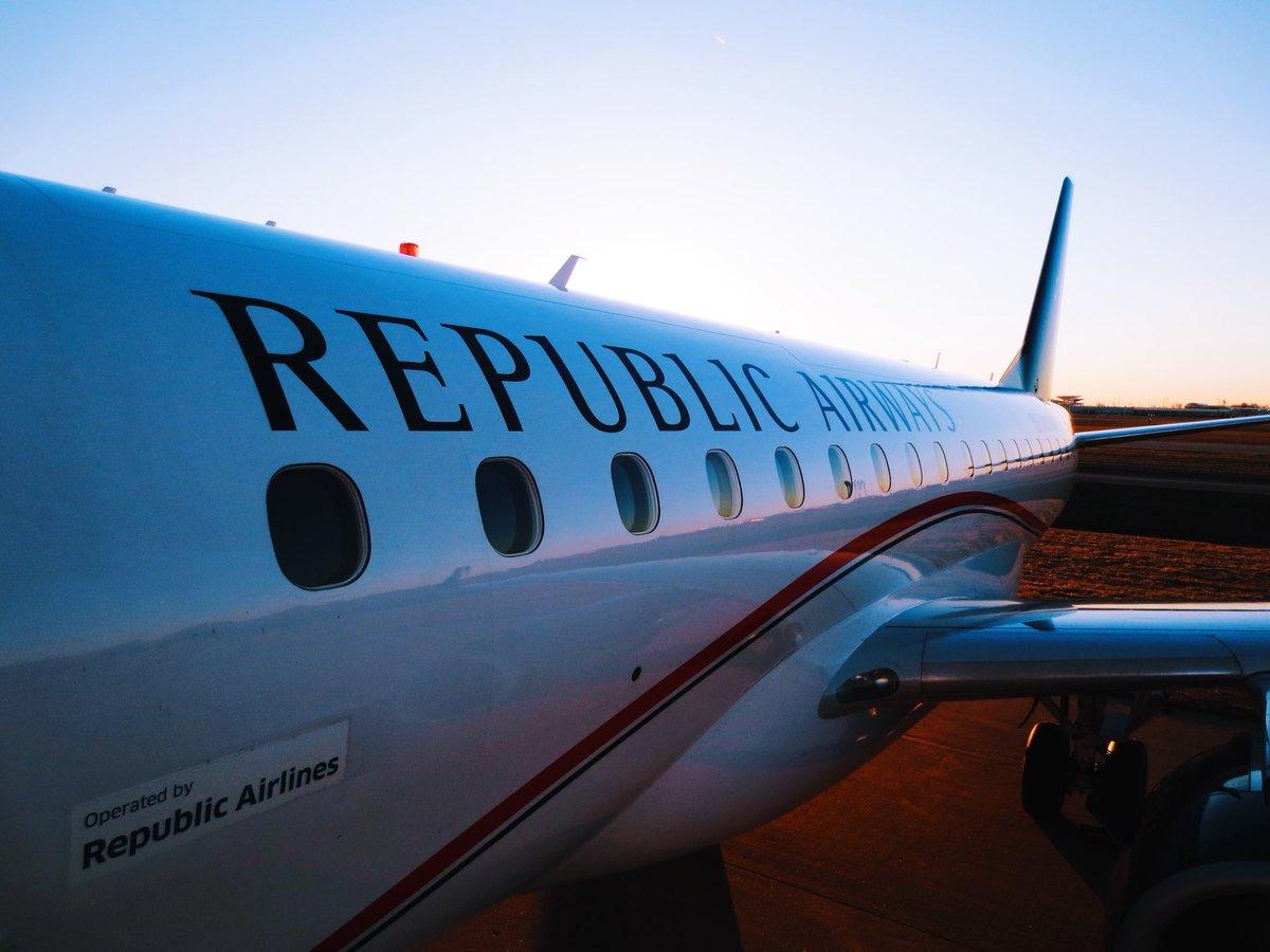 Brasileña Embraer confirma la venta de 100 aviones a Republic Airways