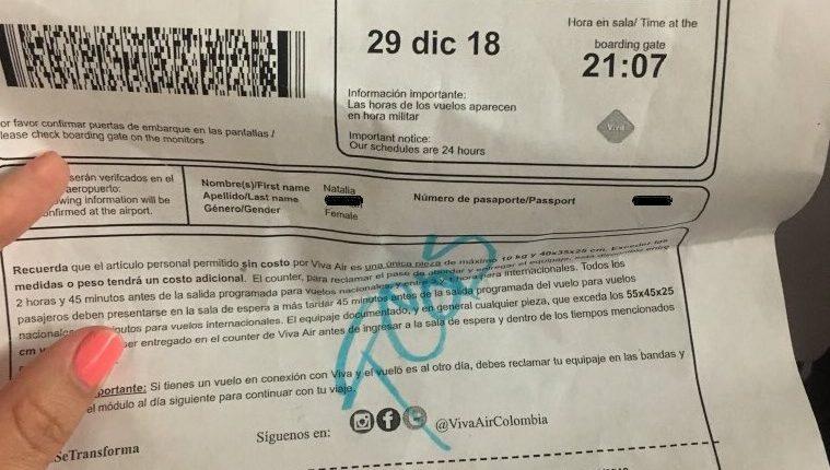 Mujer reclamó a aerolínea colombiana porque supuestamente la trataron de fea