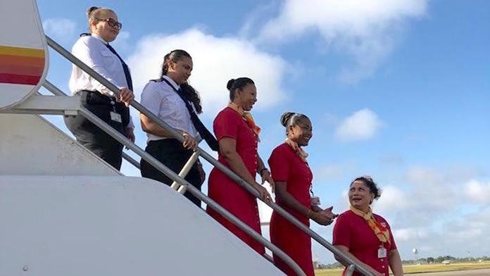 Solo mujeres tripulan vuelo de línea aérea de Suriname