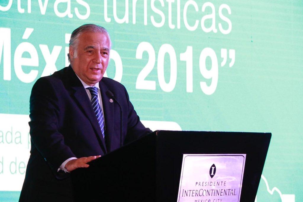 Turismo aporta 8.8% de los empleos en México