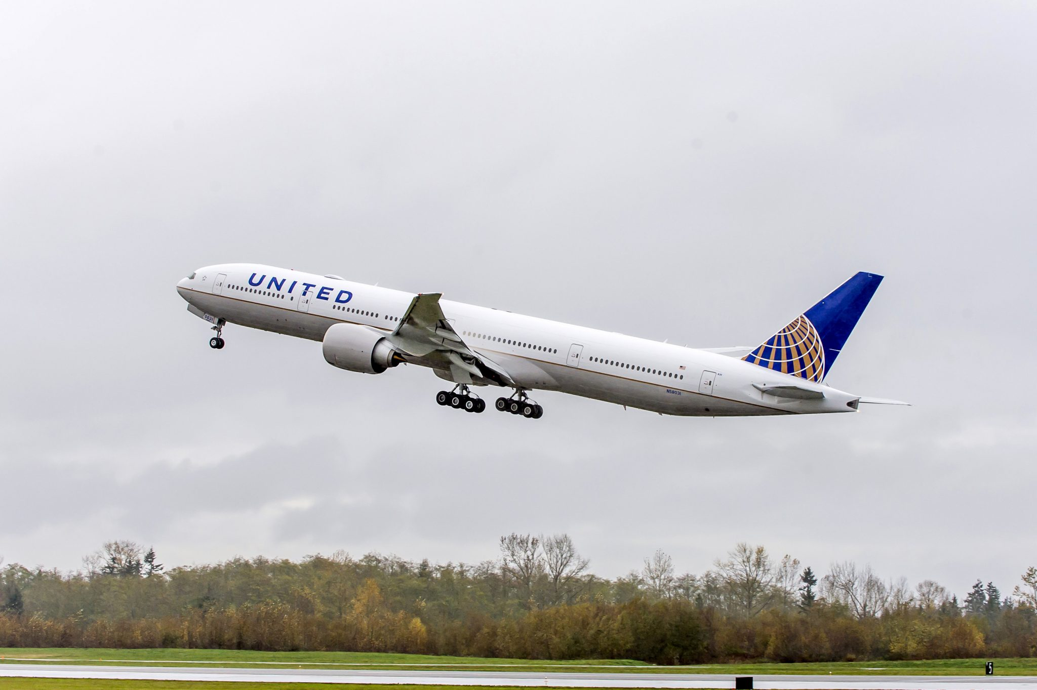 United doubles 1Q profit on cost management, pre-tax margin growth