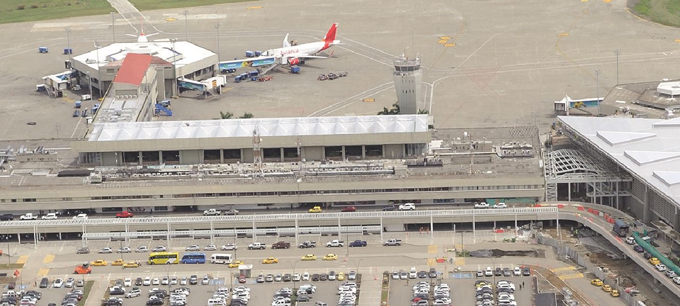 Española Aena negocia gestión de tres nuevos aeropuertos en Colombia