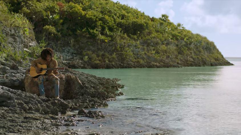 Nueva campaña con Lenny Kravitz invita a los viajeros a las Bahamas