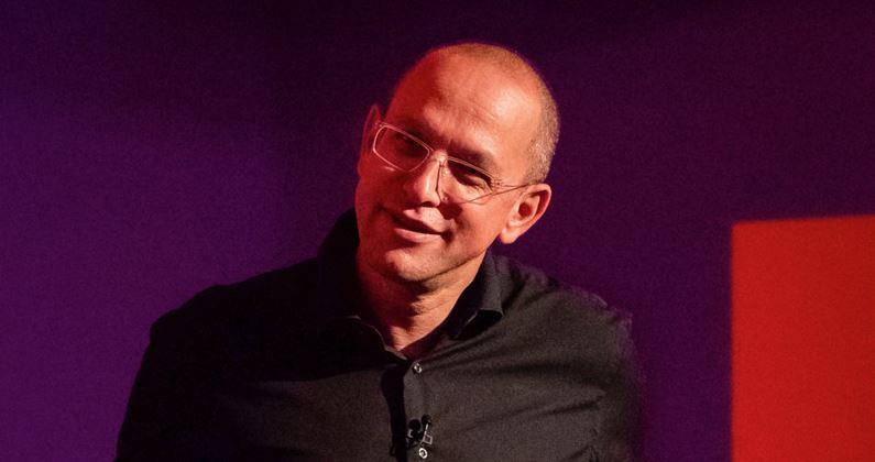 CEO da Virgin Atlantic: vamos mostrar ao Brasil como viajar de maneira sexy