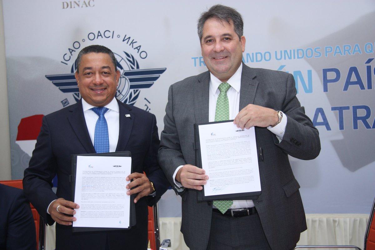 RD y Paraguay firman acuerdo de aviación