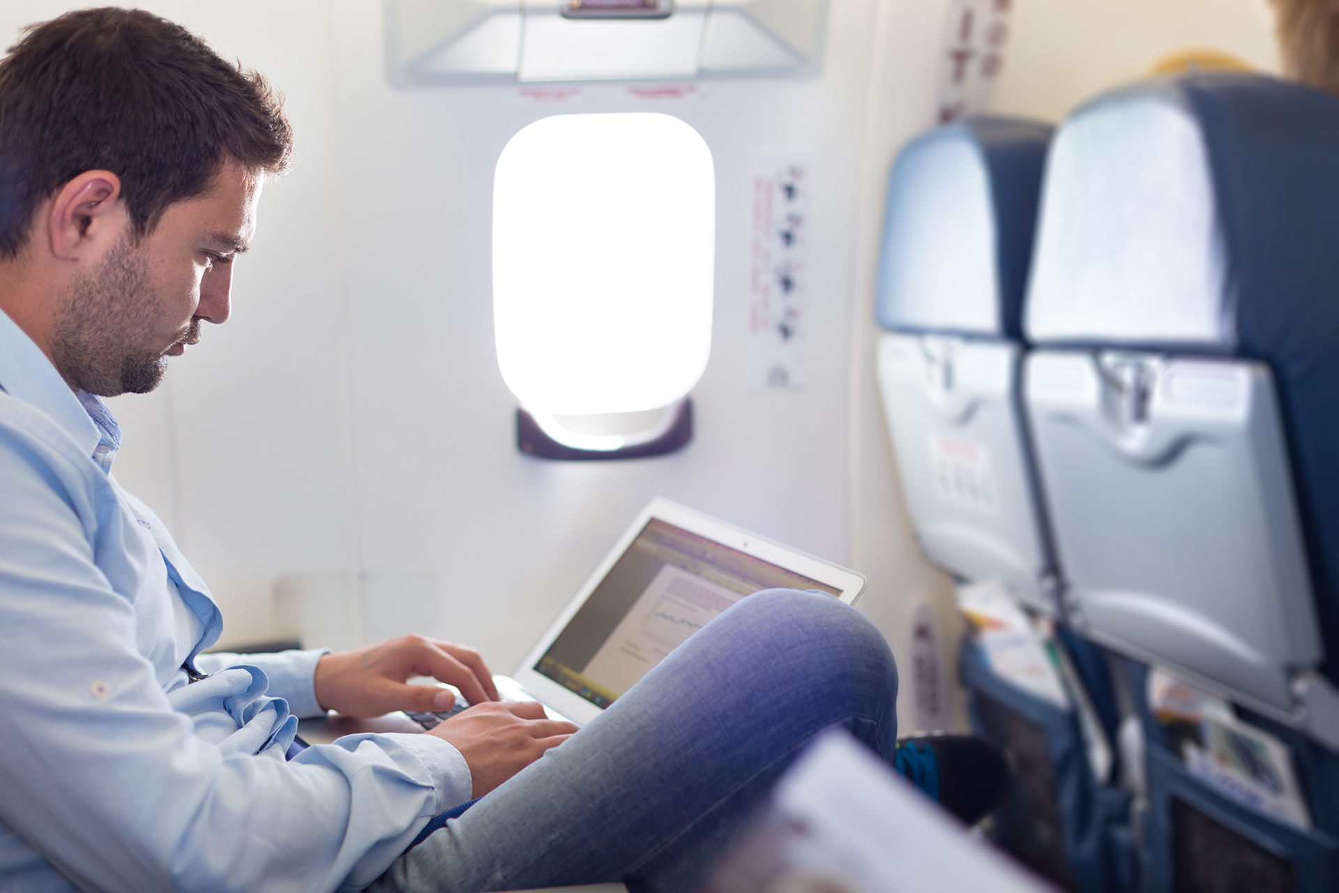 Travelers Want More Connectivity While Flying