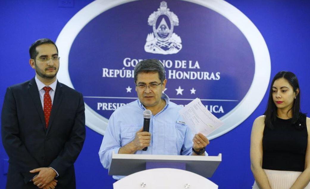 Presidente hondureño critica conectividad aérea en Centroamérica
