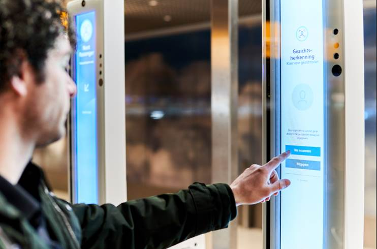 La automatización de los aeropuertos se acelerará para disminuir el contacto humano