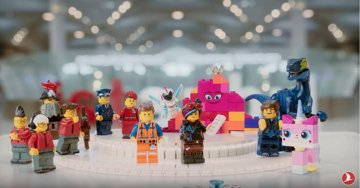 Turkish Airlines lanza la secuela de su video de seguridad con personajes de LEGO 2