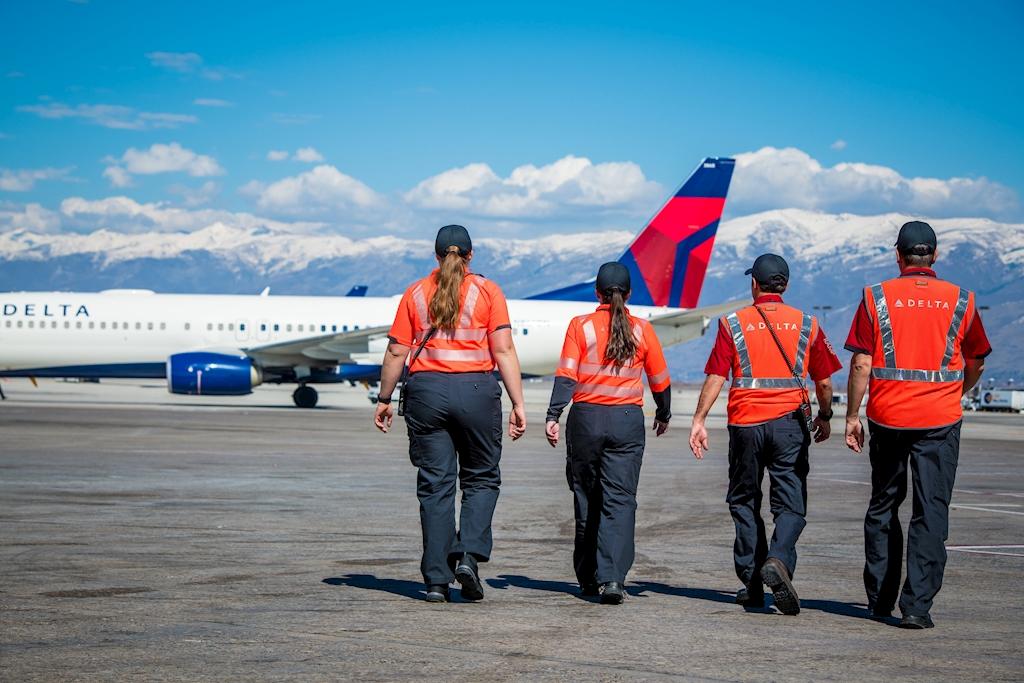Delta Air Lines se prepara para una de las temporadas de vacaciones mas concurridas hasta ahora