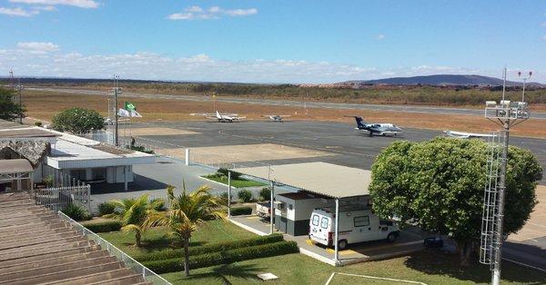 Infraero conclui obras de recapeamento na pista e anuncia ampliação do terminal do Aeroporto de Montes Claros