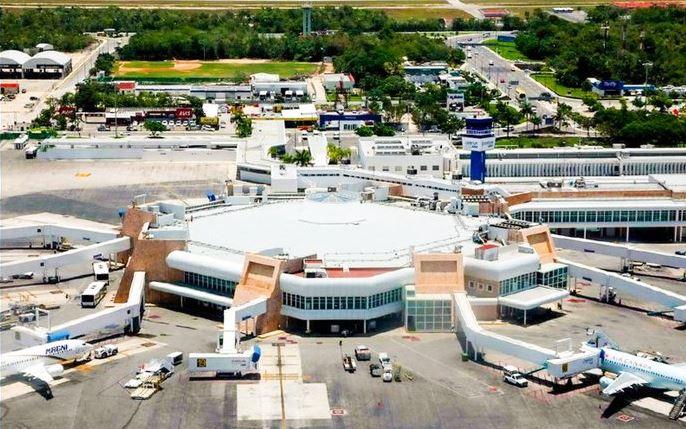 Más de mil operaciones en dos días en el aeropuerto de Cancún