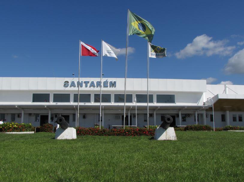 Aeroporto de Santarém recebe turistas do Çairé