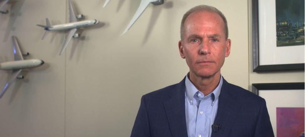 Dennis A. Muilenburg deja la presidencia de Boeing