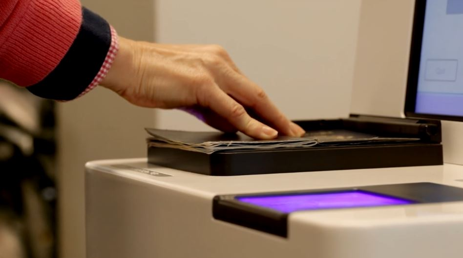 Vancouver Airport Authority adopts fingerprint verification at border control